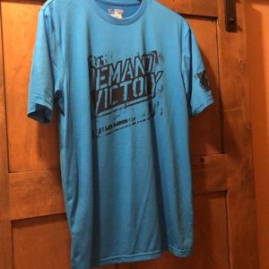 3/$10 Under Armor size medium T-shirt